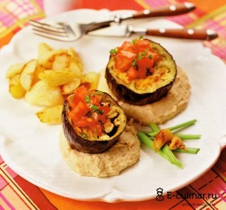 Готовое блюдо Баклажаны с фасолевым пюре и картофелем