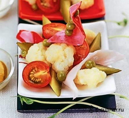 Готовое блюдо Салат с крабовым мясом и цветной капустой