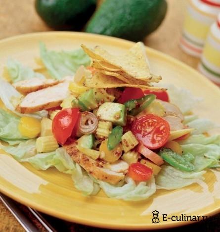 Готовое блюдо Пикантный мексиканский салат с куриным мясом