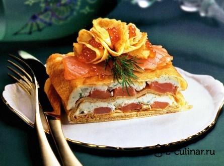 Готовое блюдо Блинный торт с форелью