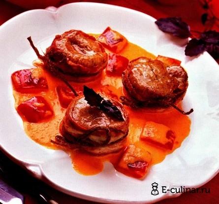 Готовое блюдо Медальоны из свинины с перечным соусом