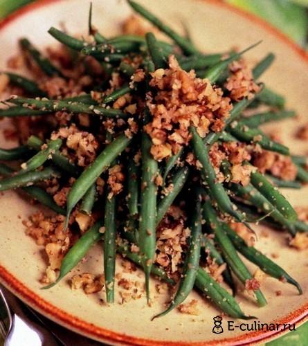 Готовое блюдо Салат из зеленой фасоли с грецкими орехами