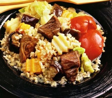 Готовое блюдо Говядина, тушенная с овощами и рисом