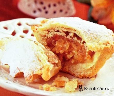 Готовое блюдо Кексы с яблочной начинкой