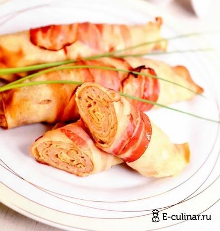 Готовое блюдо Рулетики из свинины в блинчиках