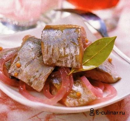 Готовое блюдо Сельдь в винном маринаде