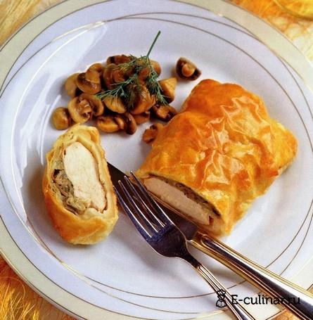 Готовое блюдо Грудинки куриные в слоеном тесте