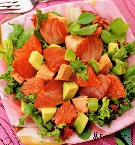 Готовое блюдо Зимний салат с копченой рыбой