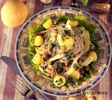 Готовое блюдо Салат из картофеля, тунца и хрена