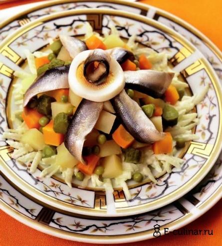 Готовое блюдо Салат с килькой
