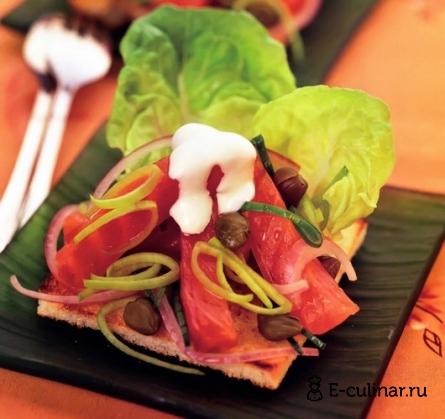 Готовое блюдо Салат с копченой форелью