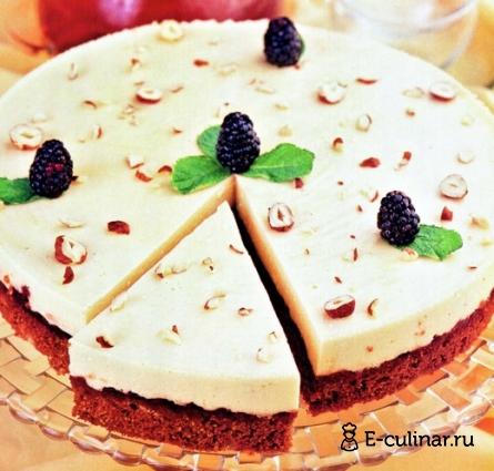 Готовое блюдо Гречневый торт с ежевичным джемом