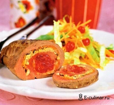 Готовое блюдо Рулетикииз говядины с вишней и миндалем