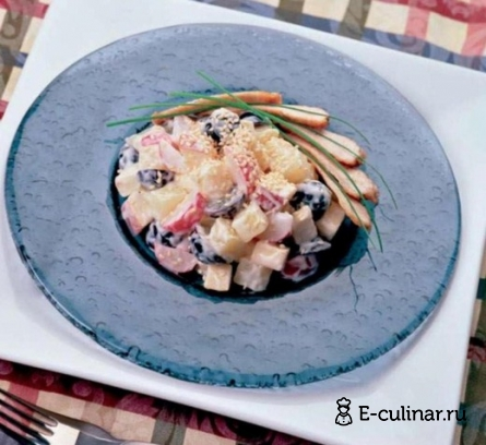 Готовое блюдо Фруктово – овощной салат с индейкой