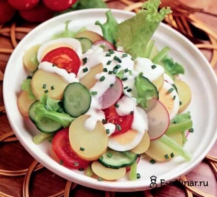 Готовое блюдо Салат из молодого картофеля