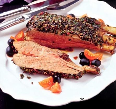 Готовое блюдо Баранина, запеченная с травами