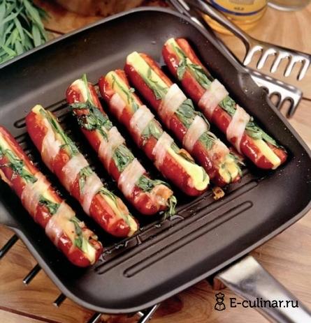 Готовое блюдо Копченые колбаски с сыром