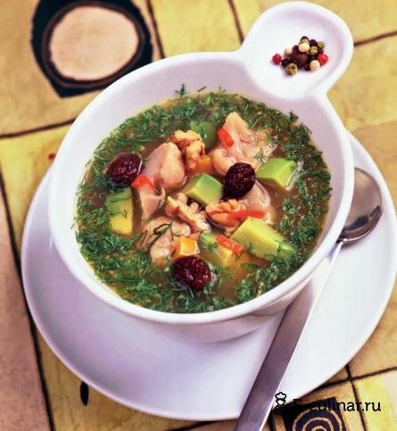 Готовое блюдо Легкий суп с цветной капустой и авокадо