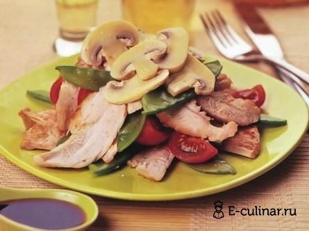 Готовое блюдо Салат из курицы маринованной в имбире