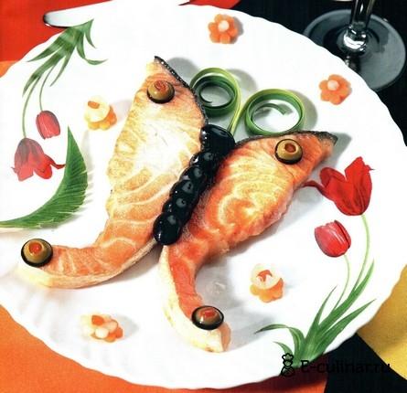 Готовое блюдо Лосось жареный с овощами «бабочки»