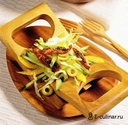 Готовое блюдо Салат из пекинской капусты с вялеными помидорами