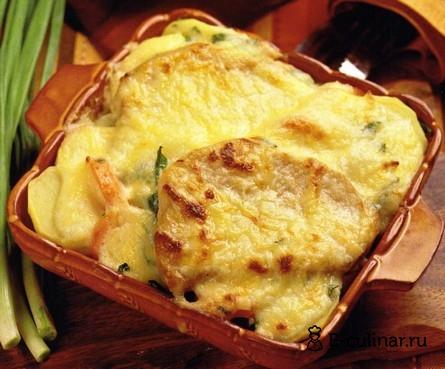 Готовое блюдо Свинина, запеченная с морковью и картофелем