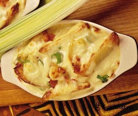 Готовое блюдо Картофель запеченный с луком-пореем